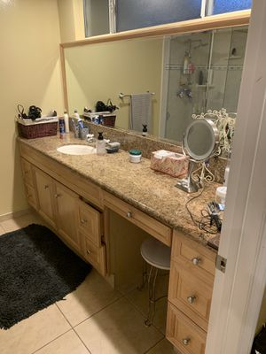 8 feet wide vanity granit top with sink and mirrors for Sale in Glendale, CA