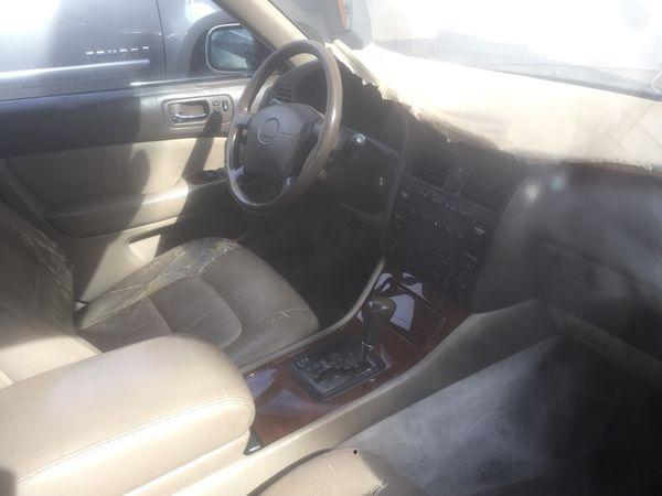 Lexus is400