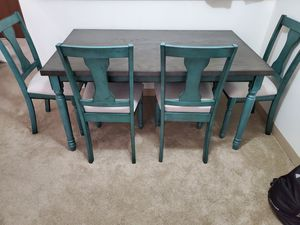 Dining room table, chairs, and bench for Sale in Jefferson Hills, PA