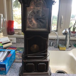Small Grandfather Clock for Sale in Lynnwood, WA