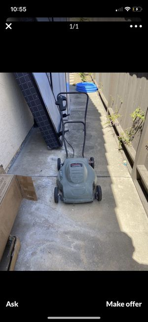 Electric lawn mower for Sale in San Diego, CA