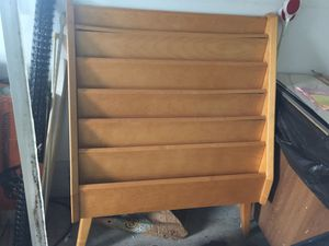 Magazine rack or be creative for Sale in Mansfield, OH