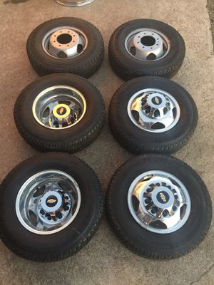 "Like new 17"" Chevy dually Rims And Michelin Tires 17 Alloy Wheels 17s dualli Rines y Llantas Oem factory's factory original Take offs off takeoffs pu for Sale in Dallas, TX"