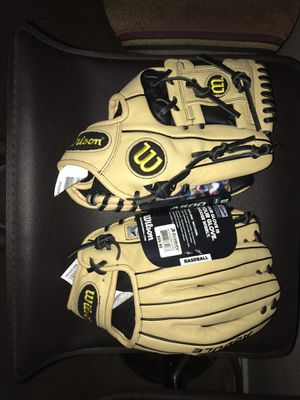 (2) BRAND NEW, Wilson baseball gloves - 11 1/2 for Sale in Houston, TX