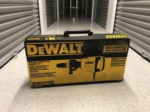DeWalt 22 Lbs SDS MAX Demolition Hammer With Shocks NEW IN BOX for Sale in Glen Ellyn, IL