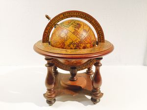 ViNTAGE Wood Globe for Sale in Dallas, TX