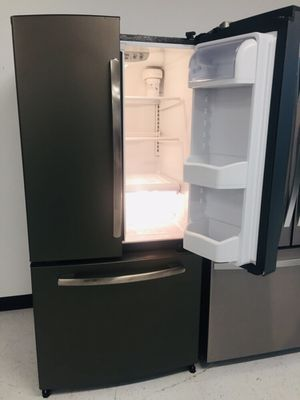 "🔥🔥GE//33"" Refrigerator French door in excellent condition 90 days warranty 🔥🔥 for Sale in Washington, DC"