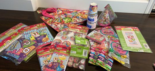 Shopkins party supplies for Sale in Tualatin,  OR