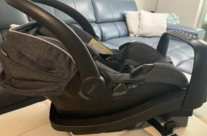 Evenflo car seat for Sale in Miami, FL