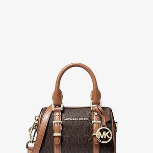 Extra Small Mini Michael Kors Bag for Sale in SeaTac, WA