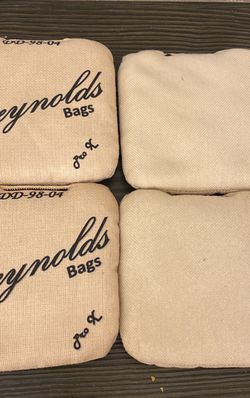 Reynolds Cornhole Bags for Sale in Inver Grove Heights,  MN