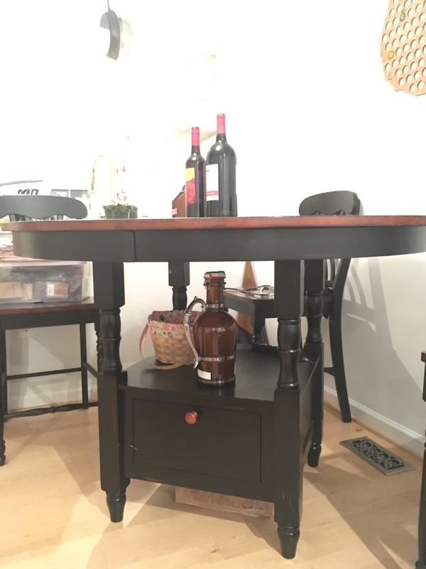 Solid Wood Hightop Table & Chairs