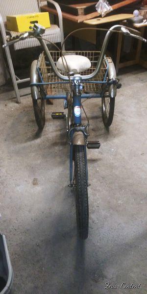 Antique 3 wheel bike for Sale in Lynn, MA