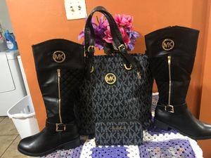 Botas negras 70 for Sale in Durham, NC