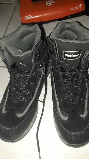 Size 11 die hard work boots for Sale in Miami, FL