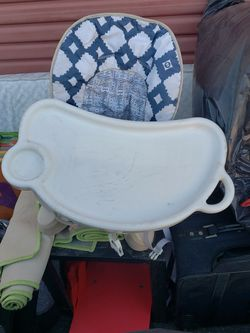 Portable High Chair for Sale in Salinas,  CA
