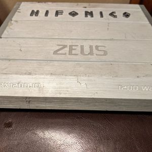 Amp Hifonics Zeus 1200 Watts for Sale in Burnsville, MN