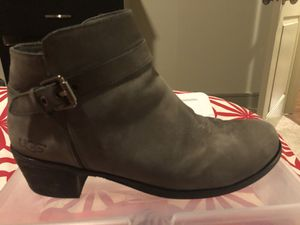 UGGS Grey Ankle Boots US size 8 for Sale in Seattle, WA