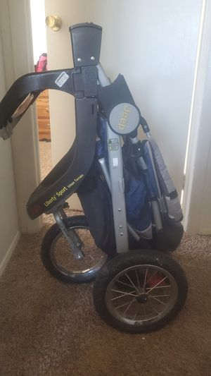 Jeep Jogging stroller for Sale in Lakewood, CO