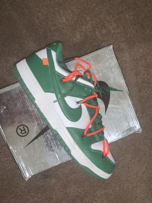 Off White Pine Green Dunk for Sale in Fresno, CA