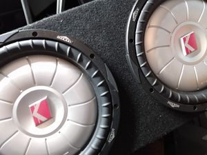 """Two 12"""" kicker pro Comp subwoofers in box for Sale in Tampa, FL"""