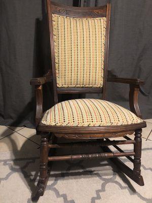 Antique rocking chair for Sale in Woodbridge, VA
