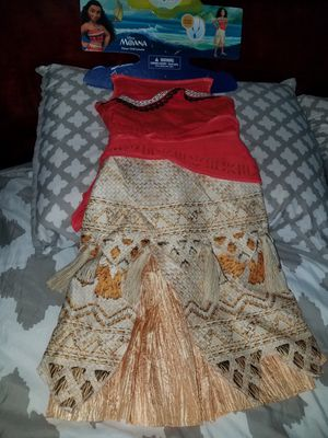 Moana costume size 4-6 for Sale in Arlington Heights, IL