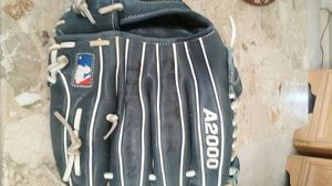 Wilson A2000 Pro Stock youth glove lefty thrower for Sale in Plainfield, IL