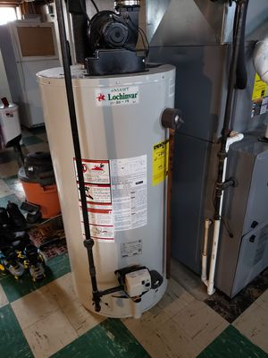 Lochinvar 50gal hot water heater for Sale in Willowick, OH