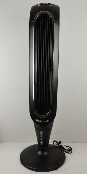 HONEYWELL Fresh Breeze Oscillating Tower Fan, Black with Programmable Thermostat for Sale in Modesto, CA