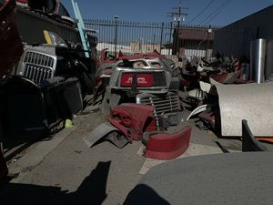 Used Truck Parts for Sale in Artesia, CA