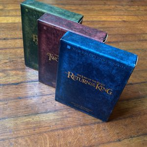 Lord Of The Rings complete Trilogy Extended Edition for Sale in Los Angeles, CA