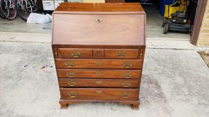 Thomasville secretary desk with drawers vintage for Sale in San Antonio, TX