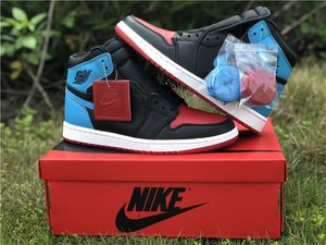 """Air Jordan 1 High OG (WMNS) """" UNC to Chicago """" for Sale in BOWLING GREEN, NY"""