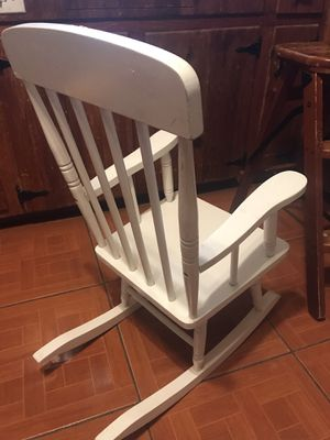 "Rocking Chair for Kids M Size 14"" W x 13"" seat 30"" Height $22 for Sale in Euless, TX"