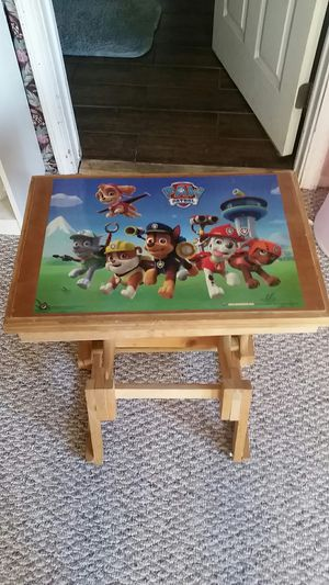 Kids desk for Sale in San Diego, CA