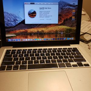 MacBook pro i5 8gb 500gb(read Description) for Sale in Los Angeles, CA