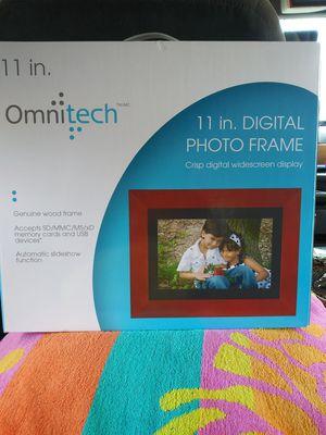 OmniTech Digital Photo Frame for Sale in Fort Worth, TX