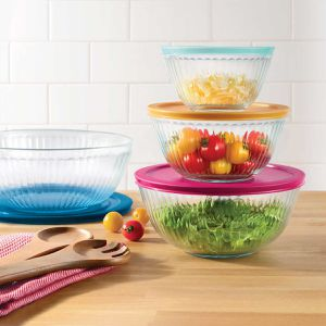 Pyrex 4-piece glass sculpted mixing bowls. Pre-Owned for Sale in Doral, FL