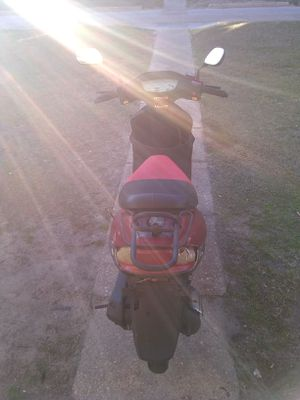 Gator 2013 50cc scooter for Sale in Kinston, NC