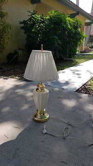 Table Lamp for Sale in Pembroke Pines, FL
