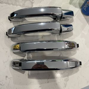 2014 To 2019 Silverado / Sierra OEM door Handles for Sale in Gardena, CA
