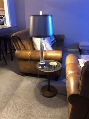 Table lamp & floor lamp for Sale in Moon, PA
