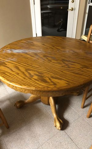 Kitchen table for Sale in Fresno, CA