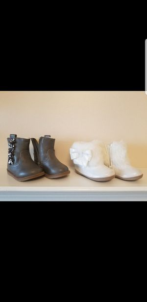 Baby girl boots shoes size 4 for Sale in Boiling Springs, SC