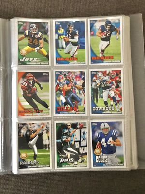 2010 Topps Football Cards for Sale in Martinsburg, WV