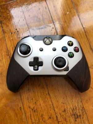Xbox one controller battlefield 1 edition wired for Sale in Providence, RI