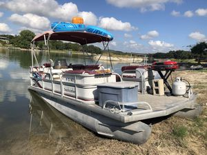 Pontoon boat for Sale in Pipe Creek, TX