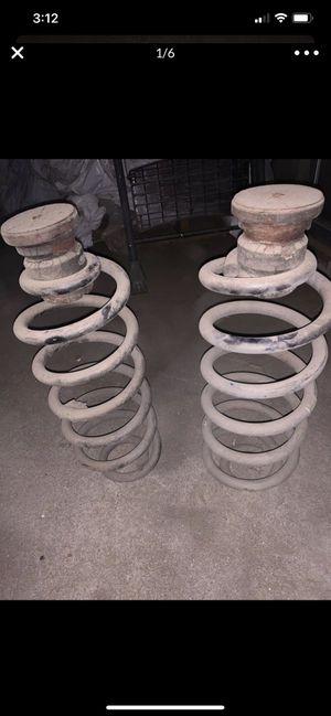 Stock cherokee wheels/ stock tahoe rear springs an intake for Sale in Bakersfield, CA