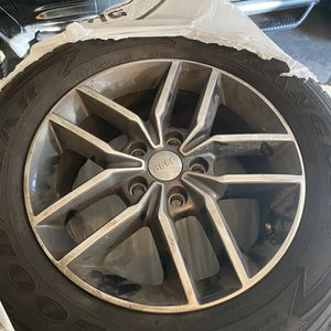 Jeep Grand Cherokee 2017 Wheels for Sale in Denver, CO